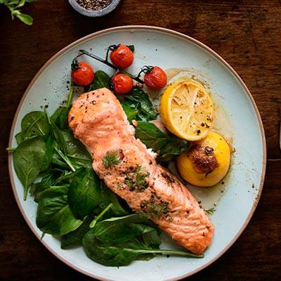 salmon-al-horno-restaurante-matea-alba-de-tormes
